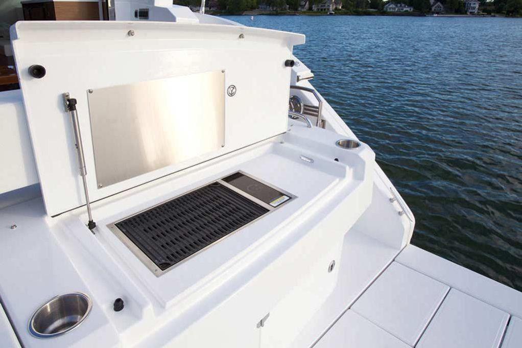 2022 Cruisers Yachts                                                              46 Cantius Image Thumbnail #5