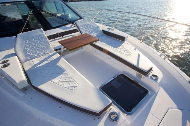 2021 Cruisers Yachts                                                              50 Cantius Image Thumbnail #7
