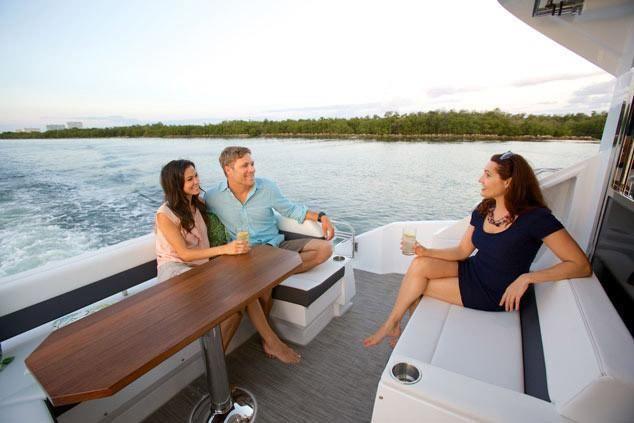2021 Cruisers Yachts                                                              50 Cantius Image Thumbnail #5