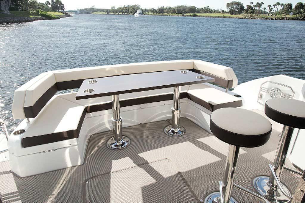 2022 Cruisers Yachts                                                              54 Cantius Image Thumbnail #5