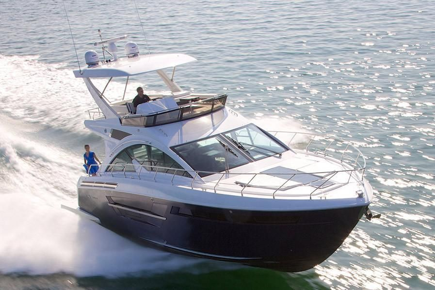 2022 Cruisers Yachts                                                              54 Fly Image Thumbnail #1