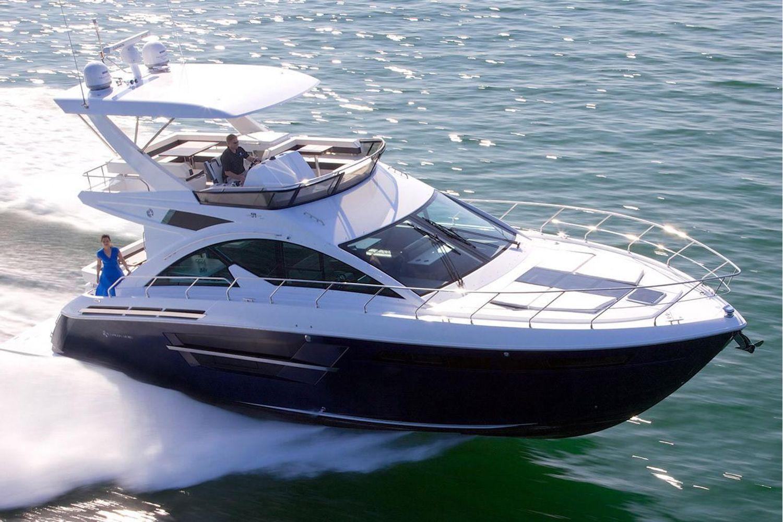 2022 Cruisers Yachts                                                              54 Fly Image Thumbnail #0