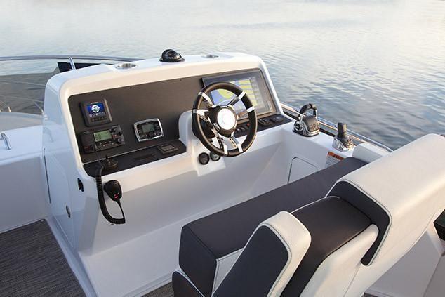 2022 Cruisers Yachts                                                              54 Fly Image Thumbnail #9