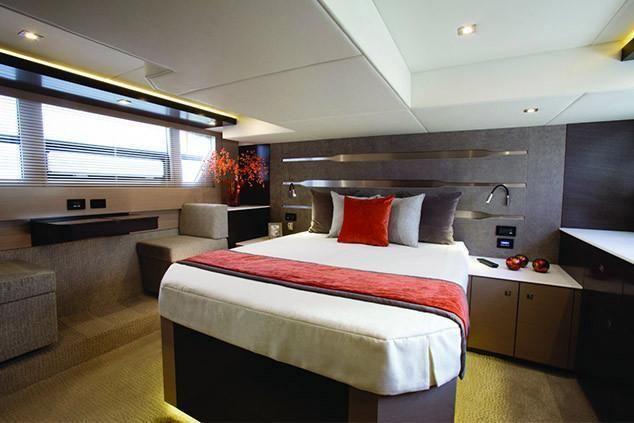 2021 Cruisers Yachts                                                              54 Fly Image Thumbnail #17