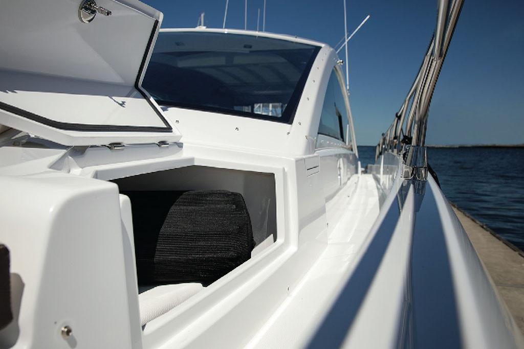 2021 Cruisers Yachts                                                              60 Cantius Image Thumbnail #5
