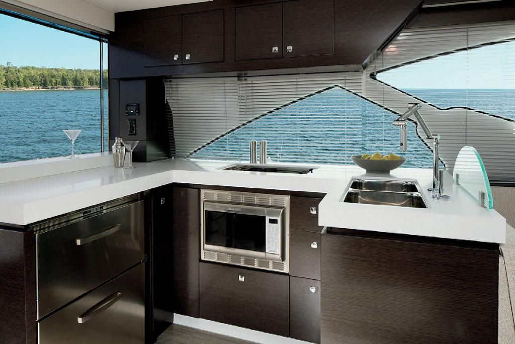 2021 Cruisers Yachts                                                              60 Cantius Image Thumbnail #8