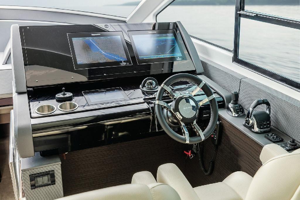 2021 Cruisers Yachts                                                              60 Cantius Image Thumbnail #10