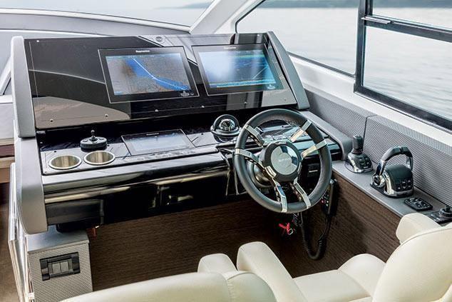 2022 Cruisers Yachts                                                              60 Fly Image Thumbnail #11