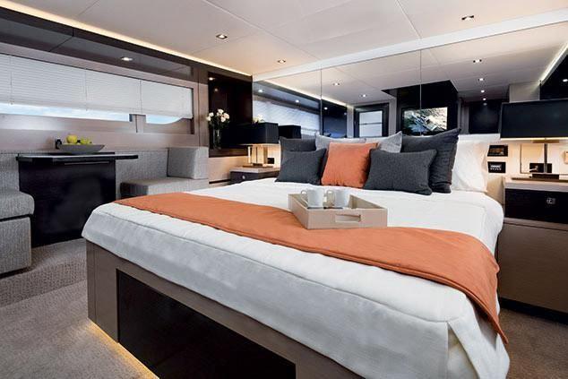 2022 Cruisers Yachts                                                              60 Fly Image Thumbnail #13