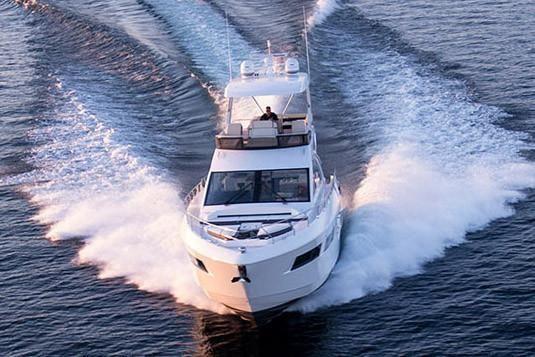 2022 Cruisers Yachts                                                              60 Fly Image Thumbnail #5