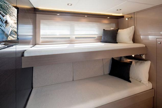 2022 Cruisers Yachts                                                              60 Fly Image Thumbnail #14