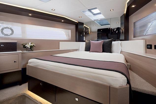 2022 Cruisers Yachts                                                              60 Fly Image Thumbnail #15
