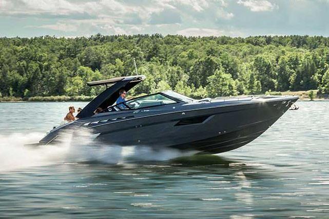 2021 Cruisers Yachts                                                              338 South Beach Edition Bow Rider Image Thumbnail #1