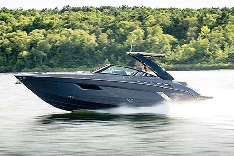 2021 Cruisers Yachts                                                              338 South Beach Edition Bow Rider Image Thumbnail #2