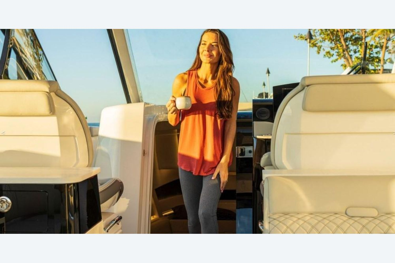 2022 Sea Ray                                                              Sundancer 370 Outboard Image Thumbnail #13