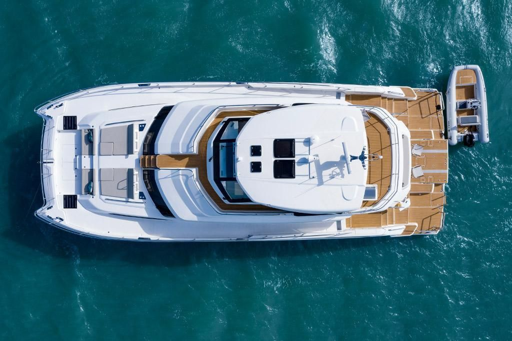 2022 Aquila                                                              70 Luxury Image Thumbnail #4