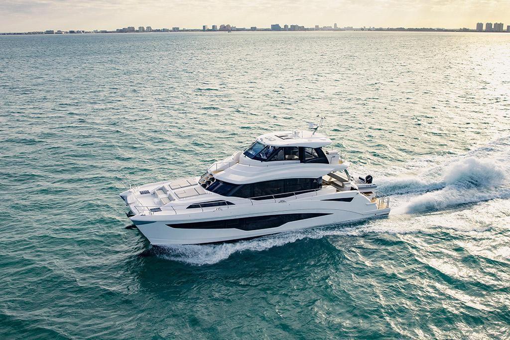 2022 Aquila                                                              70 Luxury Image Thumbnail #0