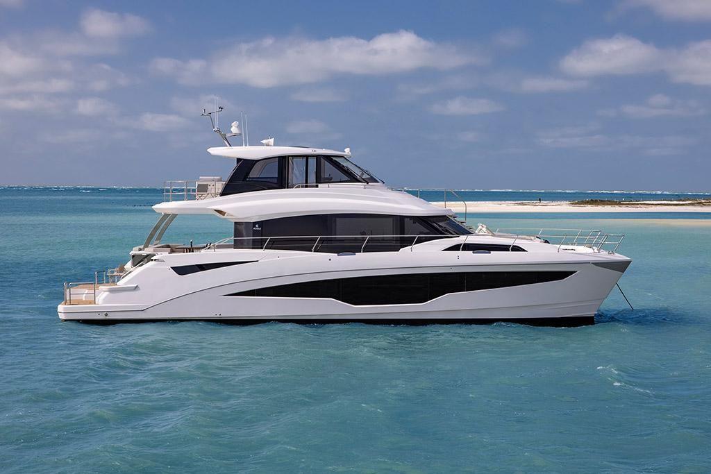 2022 Aquila                                                              70 Luxury Image Thumbnail #3