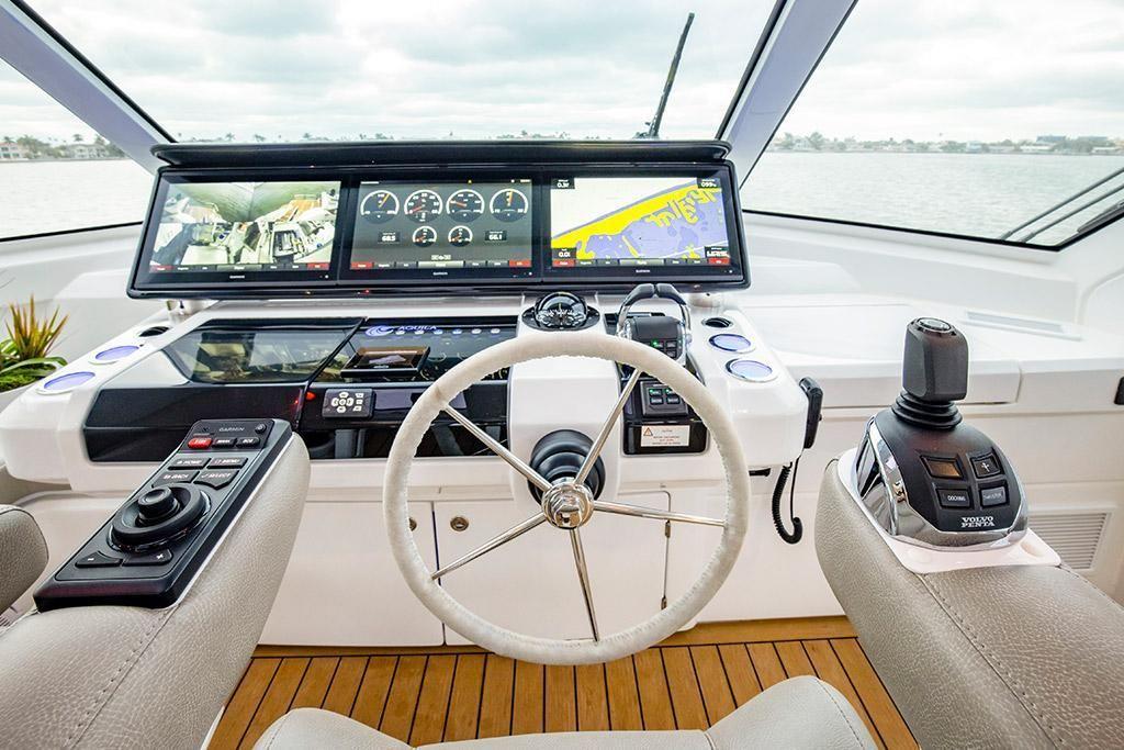 2022 Aquila                                                              70 Luxury Image Thumbnail #12