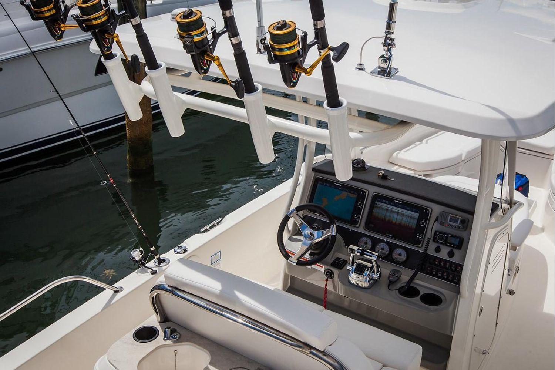 2022 Boston Whaler                                                              270 Dauntless Image Thumbnail #9