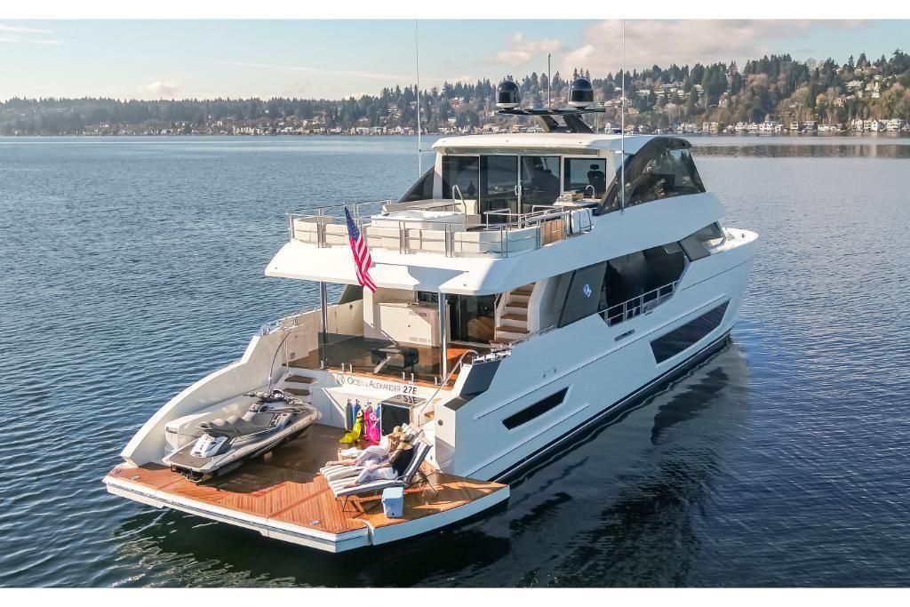 2022 Ocean Alexander                                                              27E Image Thumbnail #4