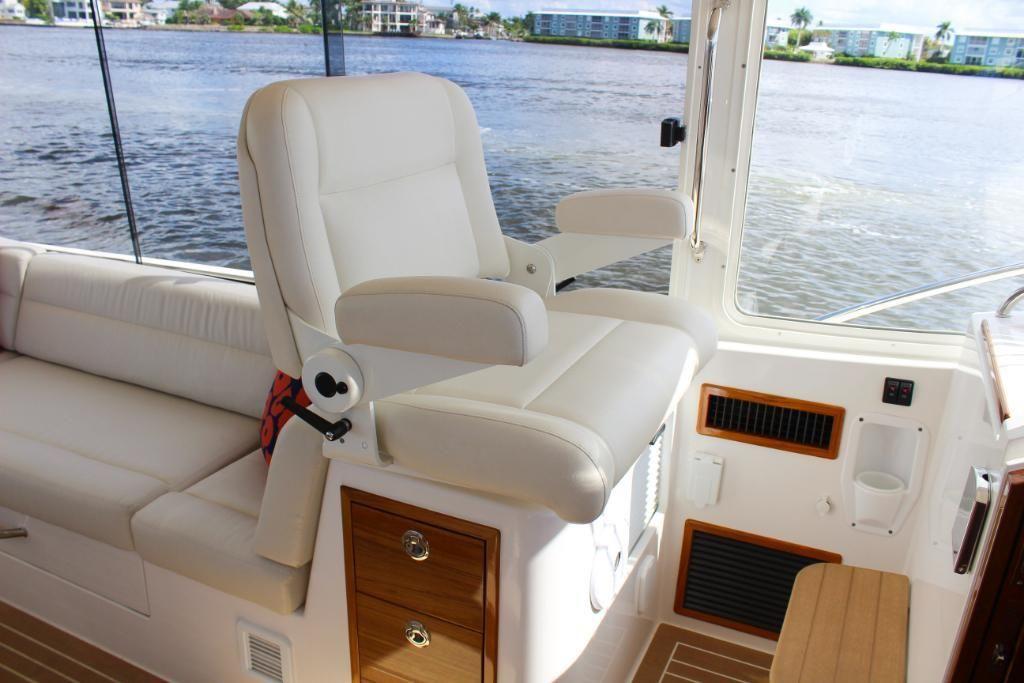 2022 MJM Yachts                                                              53z Image Thumbnail #14