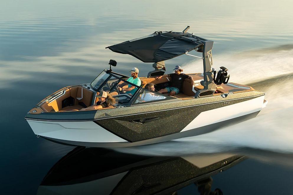 {{boat.ModelYear}} {{boat.Make}} {{boat.Model}}